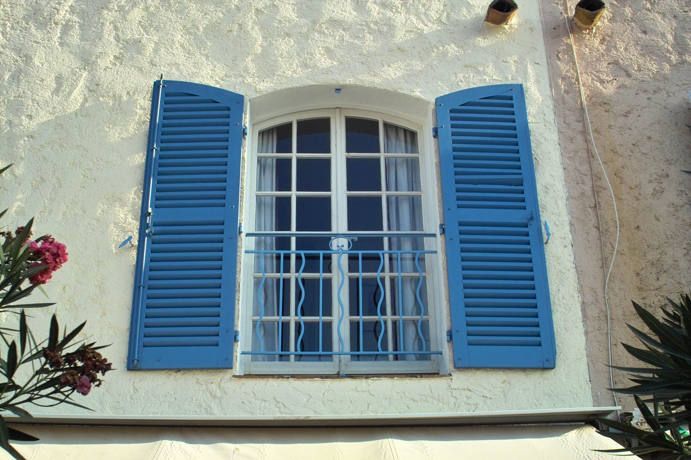 French_shutters