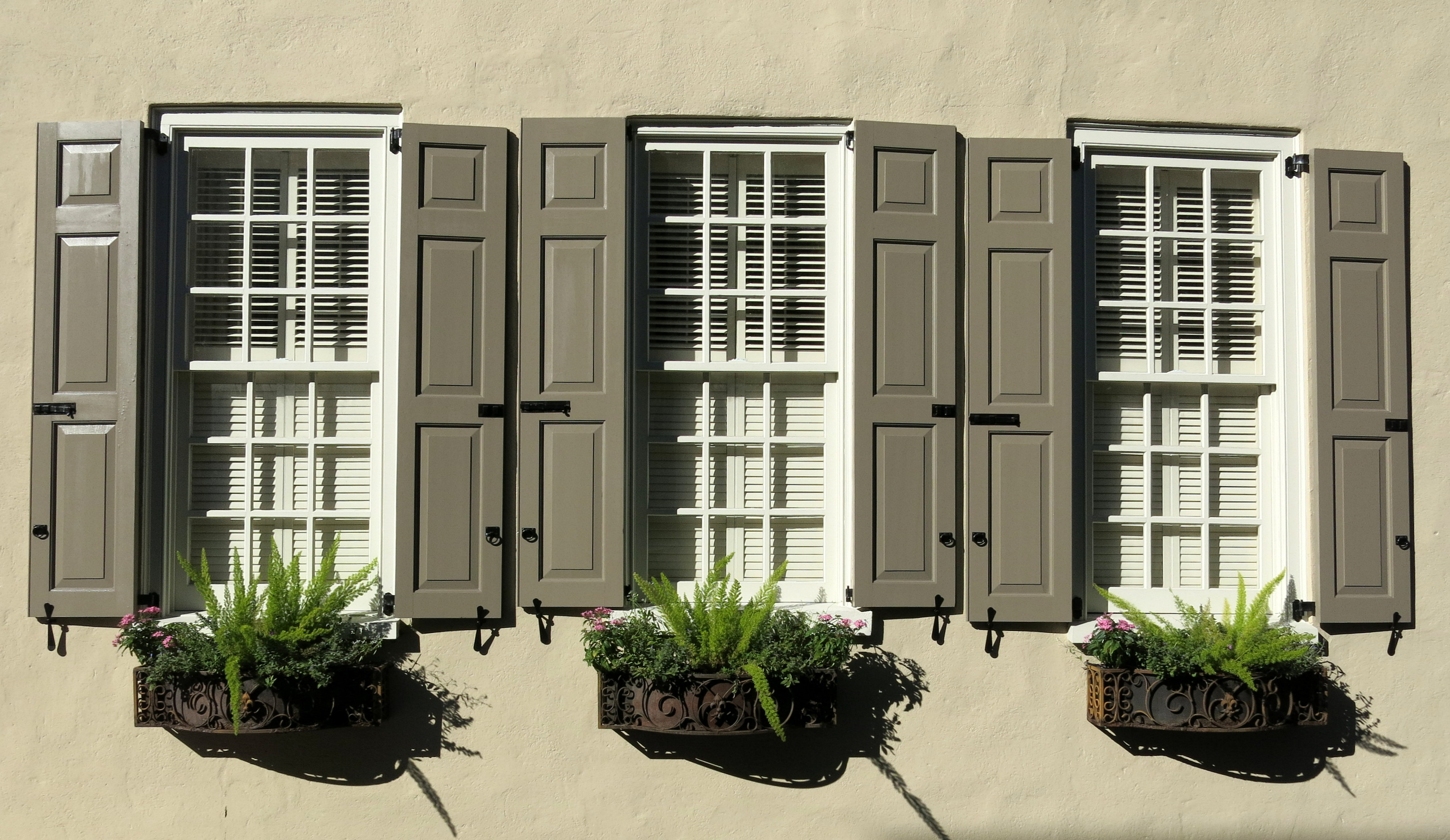 Subtle Shades Of Brown Shutters And Window Bo In Wrought Holders Tradd Street